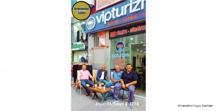 Uluslararası Vip Turizm Seyahat Şirketi olan Mustafa Bahçeci, Arkadaşları, Mehmet Can, İbrahim Baş ve Kadir Başbuğa
