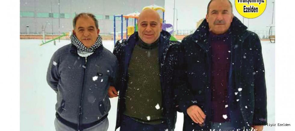 Viranşehir Belediyesi Personellerinden, Evlendirme Memuru İbrahim Kahraman, Ahmet Yağan ve Çetin Diken