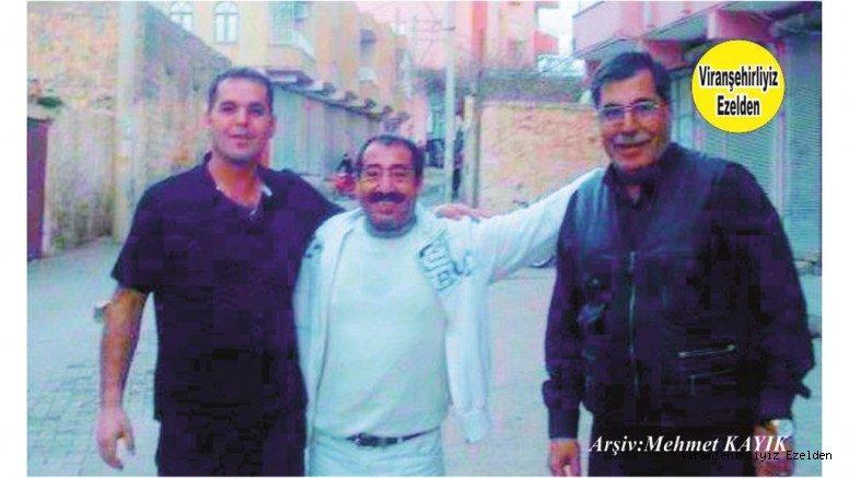Viranşehir'de Hayatı Boyunca Gazetecilik yapmış, Usta Gazeteci Merhum Eyyüp Seyrek, Oğlu Gazeteci Turan Seyrek ve Maliyeden Emekli Memur Hacı Abdulkadir Çiçek