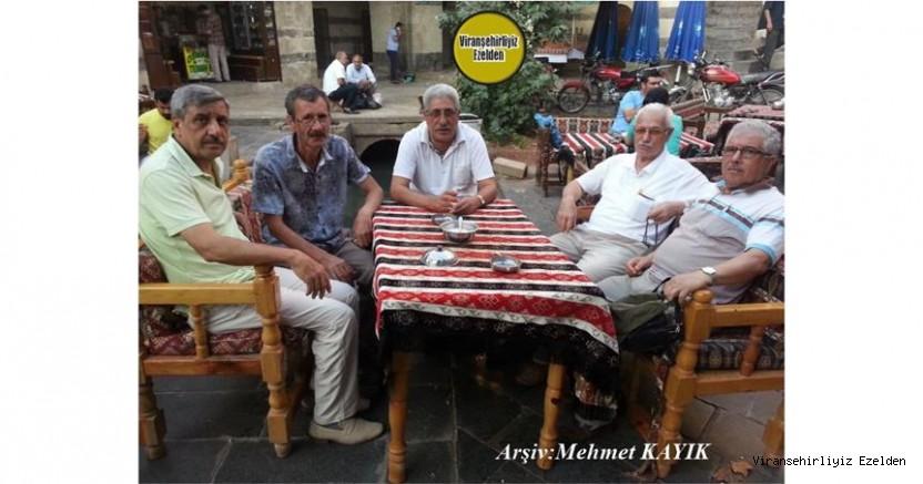 Viranşehir'de Yıllarca Öğretmenlik yapmış, Öğretmen Ekrem Çuvanlıoğlu, Adnan Gözen, Ferit Diken, Mehmet Özbucak ve Salih Şükür