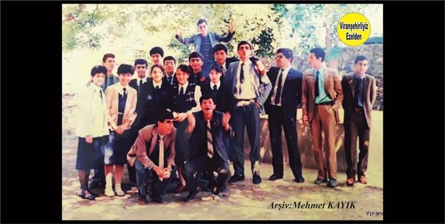 Viranşehir Lisesi Eski Öğrencilerinden Mustafa Vurgun, Suphi Öztürk, İbrahim Yağan, Fazıl Olcay ve Arkadaşları