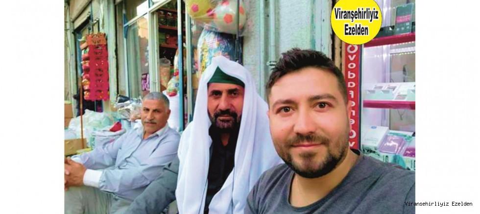 Viranşehir Uzun Yıllardır Esnaflık yapan, İsa Suri Tapan, Oğlu Sedat Tapan ve ilahi ve Mevlüd Hocası Melek Hüseyin Fakirullah